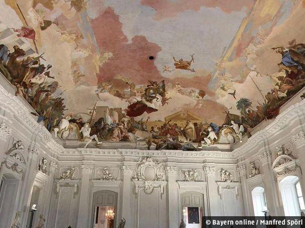Ge ffnet am 2 feiertag for Ubernachten in wurzburg